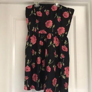 Forever 21 Dresses - Black rose strapless dress